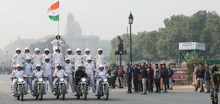 Why, when, and how the Republic Day celebration is celebrated? गणतंत्र दिवस समारोह क्यों, कब और कैसे मनाया जाता है?