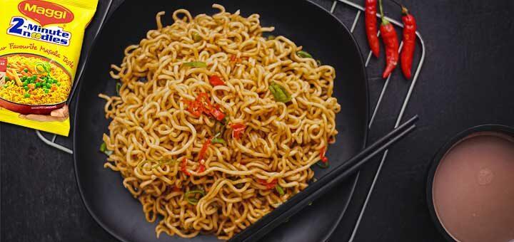 Who invented 'Maggi' and how it became an extremely popular noodle brand? 'मैगी' का आविष्कार किसने किया और कैसे यह एक अत्यंत लोकप्रिय नूडल ब्रांड बन गया?